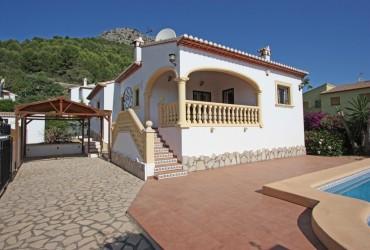 Villa - En venta - Sagra -
