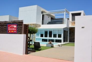 Villa - En venta - Lomas De Cabo Roig -