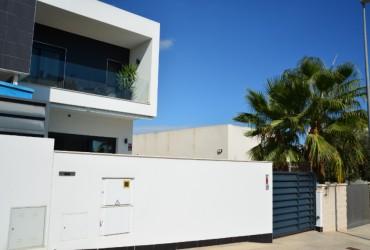 Villa - En venta - Benijófar -