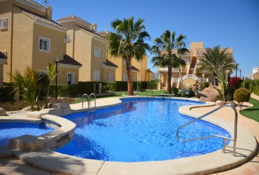 Villa - Alquiler - La Marina -